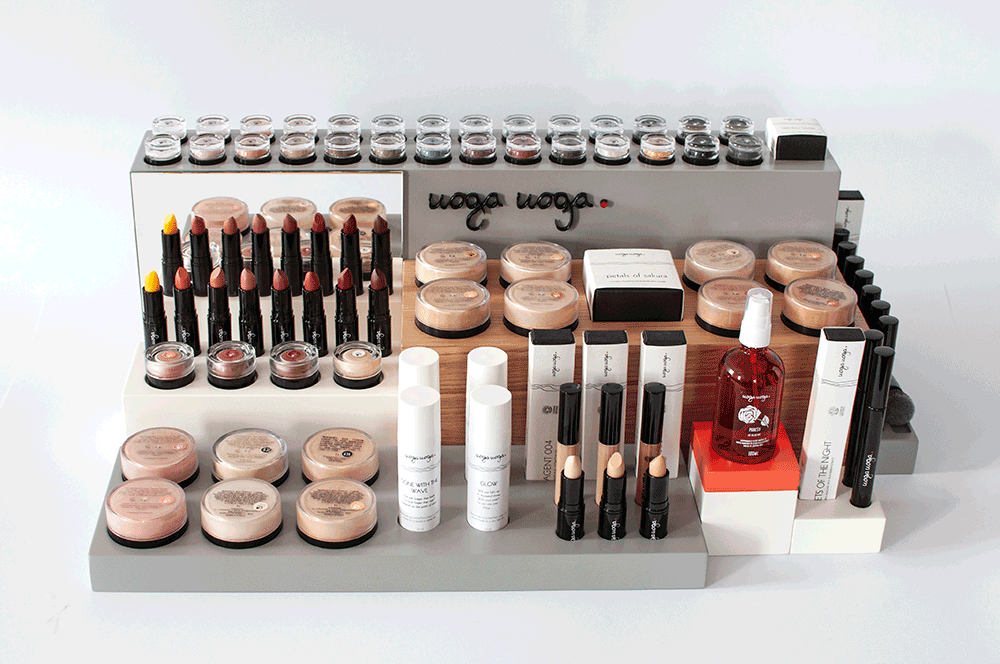 minerale make-up display Uoga Uoga