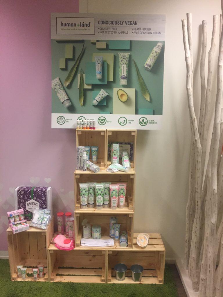 Yaviva showroom met natuurlijke cosmetica