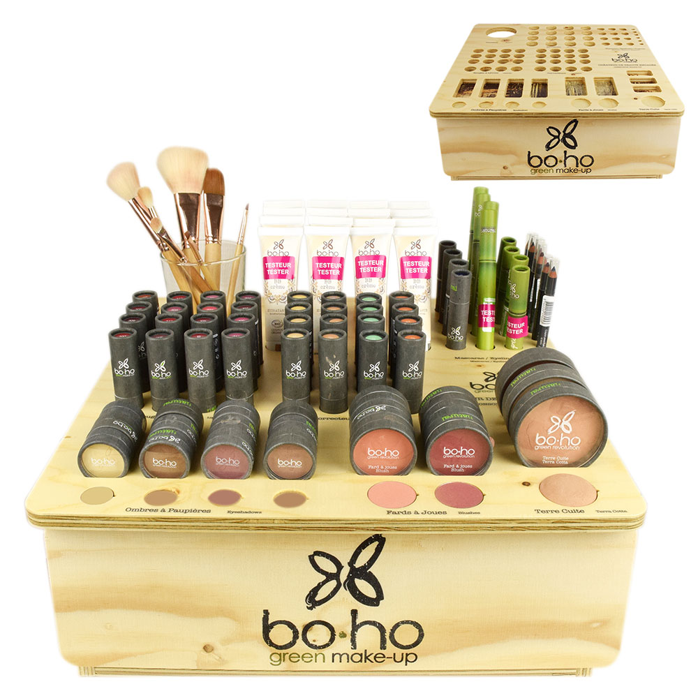Boho salon display biologische make-up