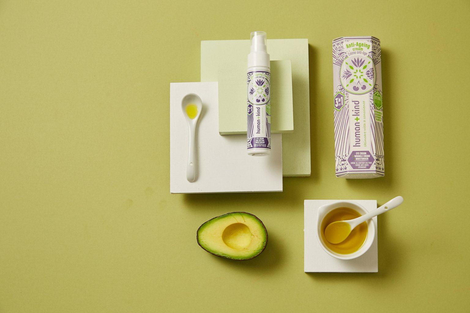 wholesaler distributor organic and natural cosmetics and make-up